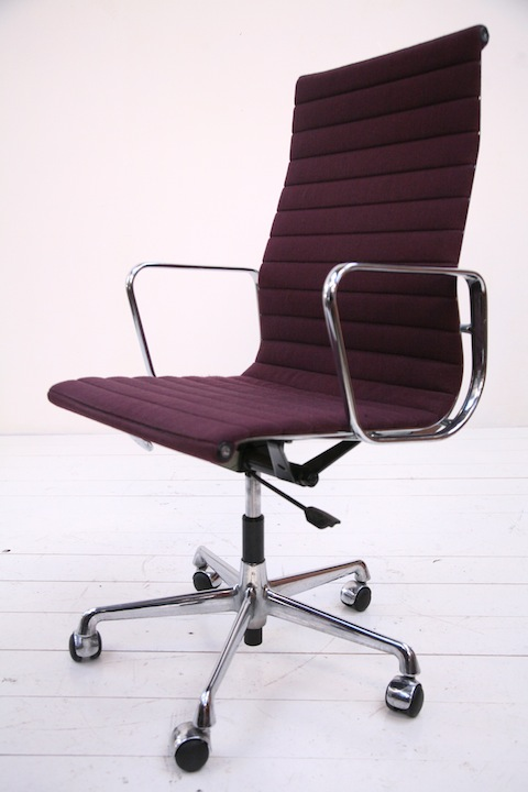 EA117 High Back Desk Chair by Charles Eames