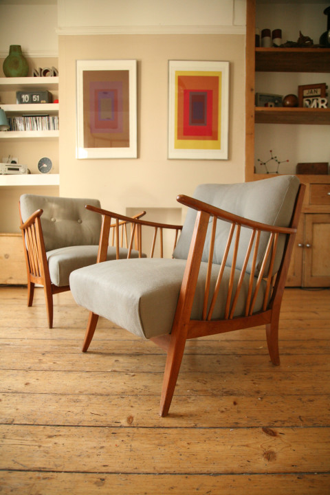 Pair of Modernist Armchairs Grey Upholstery