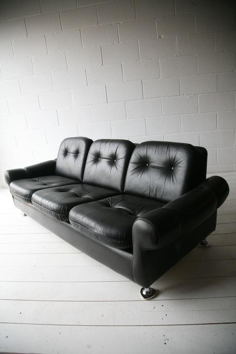 1960s Black Leather Sofa1