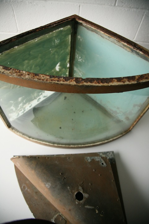 Vintage Fish Tank Cream And Chrome