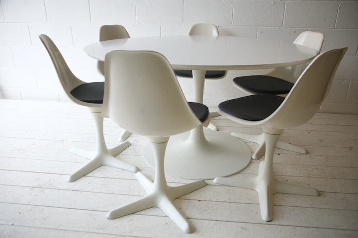 1960s Dining Table And 6 Chairs By Arkana Cream And Chrome