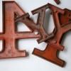 27 Wooden Vintage Shop Letters Clarendon Font 3