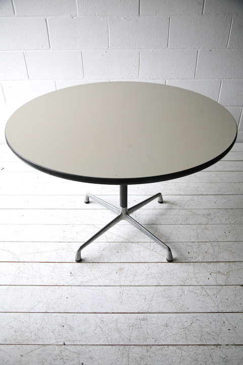 Herman Miller 'Action Office' Round Table