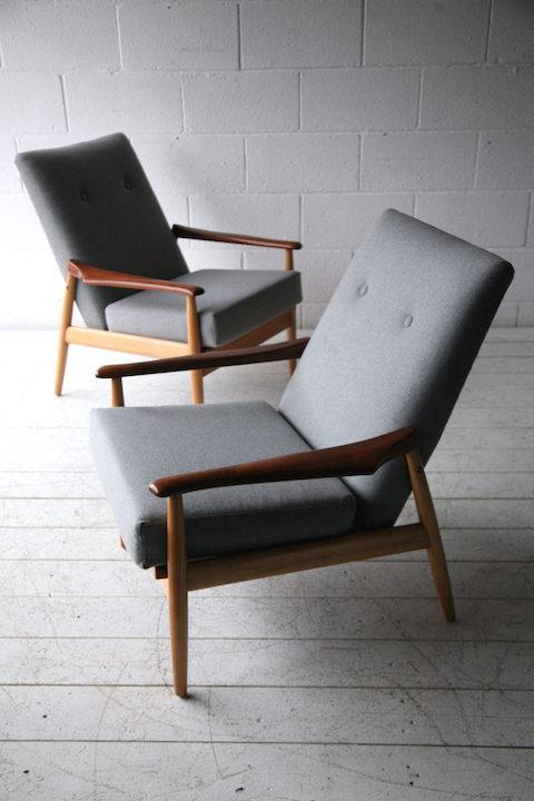 Pair of 1960s Beech and Mahogany Armchairs6