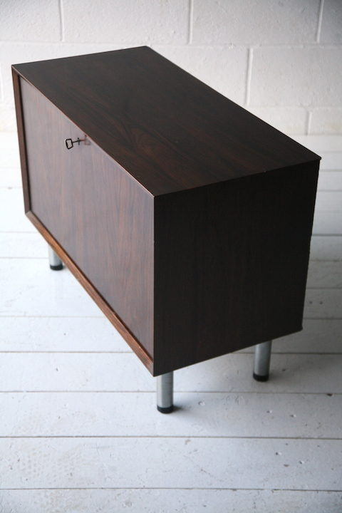1960s Rosewood Cocktail Cabinet 3