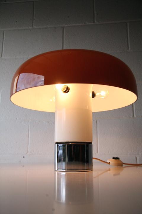 Brumbury Lamp By Luigi Massoni Cream And Chrome