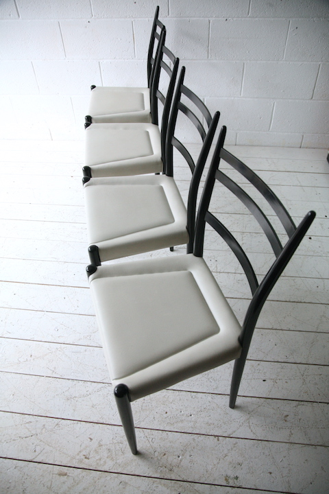 Set Of 4 1950s Dining Chairs Cream And Chrome