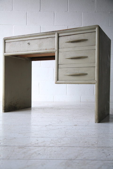 1950s Italian Wooden Desk 2