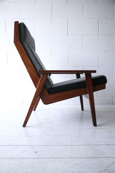 1960s Lounge Chair By Vono Cream And Chrome