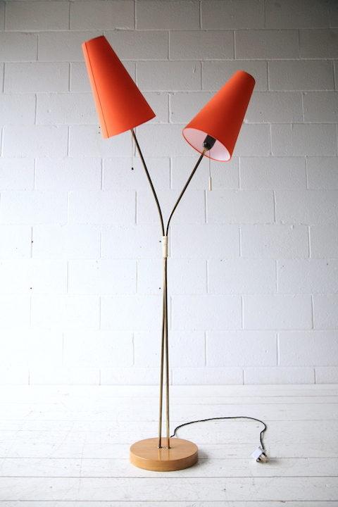 1950s-double-floor-lamp-with-orange-shades-3