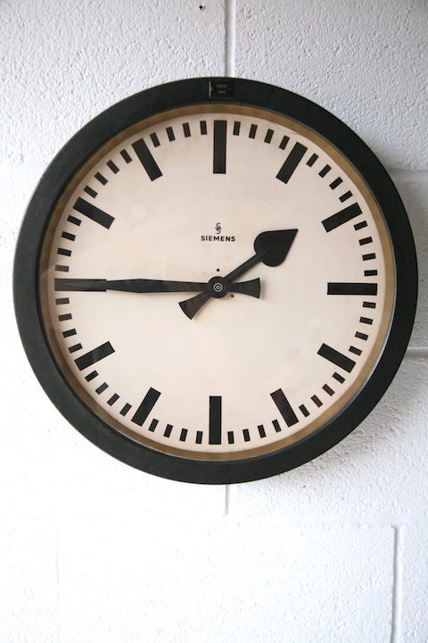 1950s-round-industrial-wall-clock-by-siemens