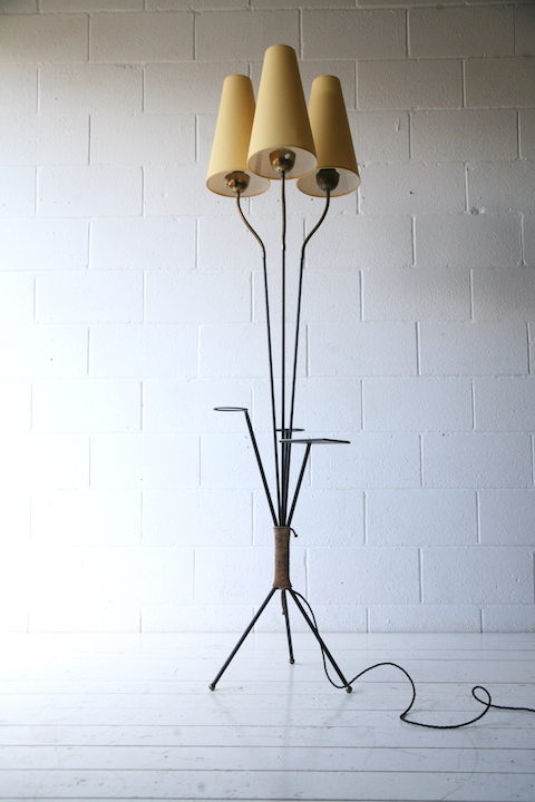 1950s-tripod-floor-lamp-and-table-1