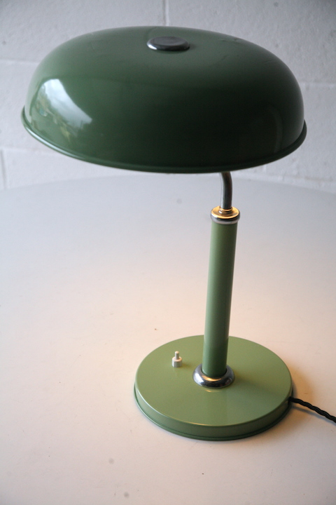 Quick 1500 Desk Lamp By Alfred Muller Cream And Chrome