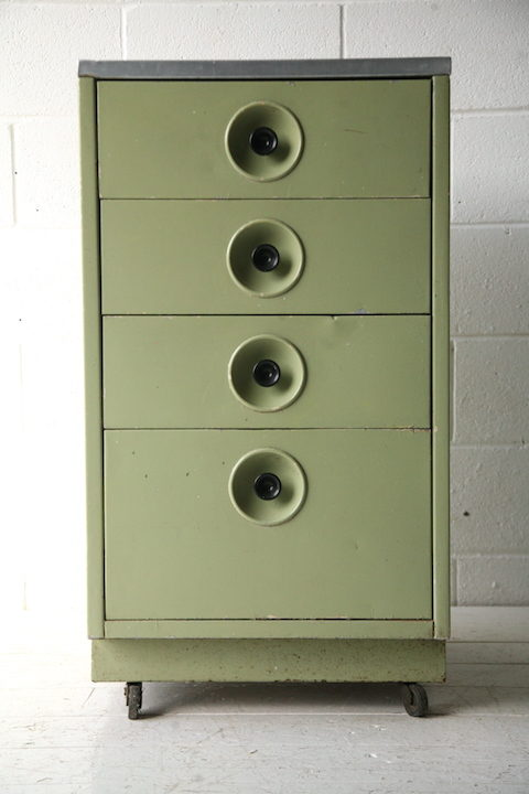 vintage-industrial-metal-chest-of-drawers