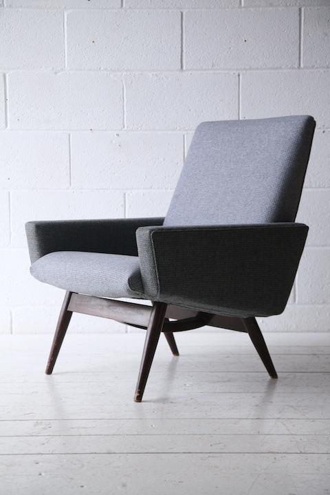Vintage 1960s Parker Knoll Armchair | Cream and Chrome