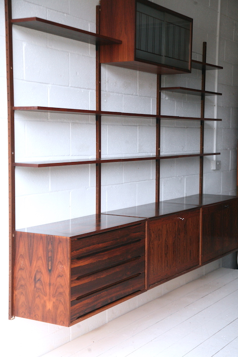 finest selection c97bb dfe38 Vintage Danish Rosewood Shelving Unit | Cream and Chrome