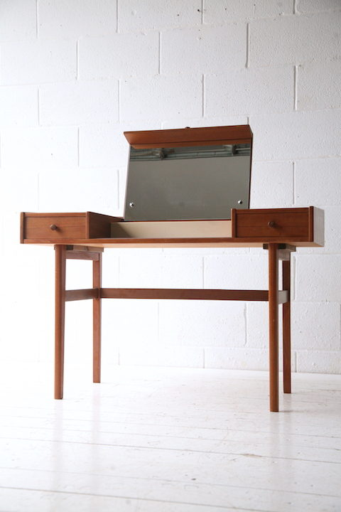1960s Danish Dressing Table 3