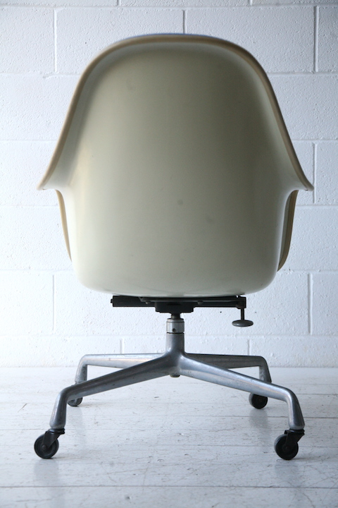 1970s Desk Chair by Charles Eames for Herman Miller