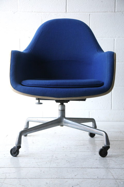 1960s Desk Chair by Charles Eames for Herman Miller