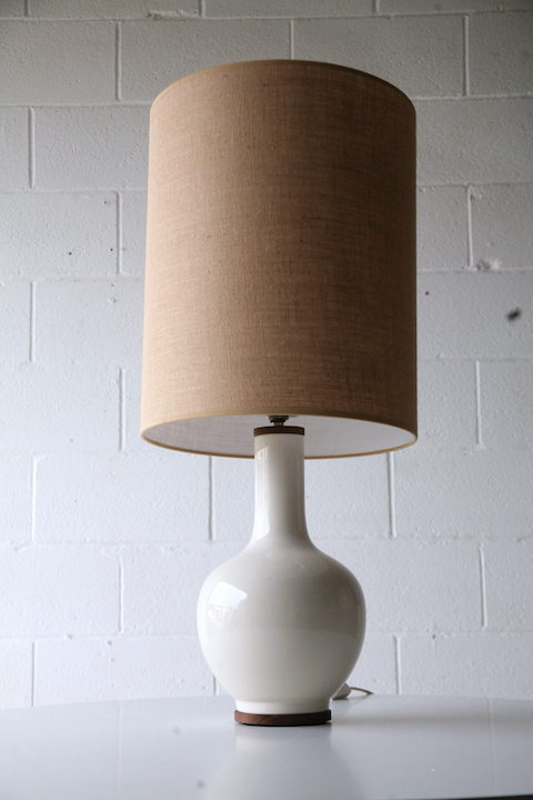 Large Ceramic Table Lamp & Shade 3