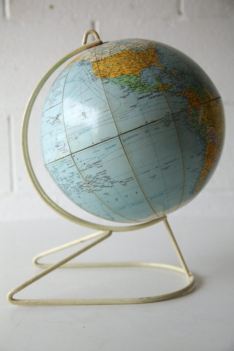 1950s Globe