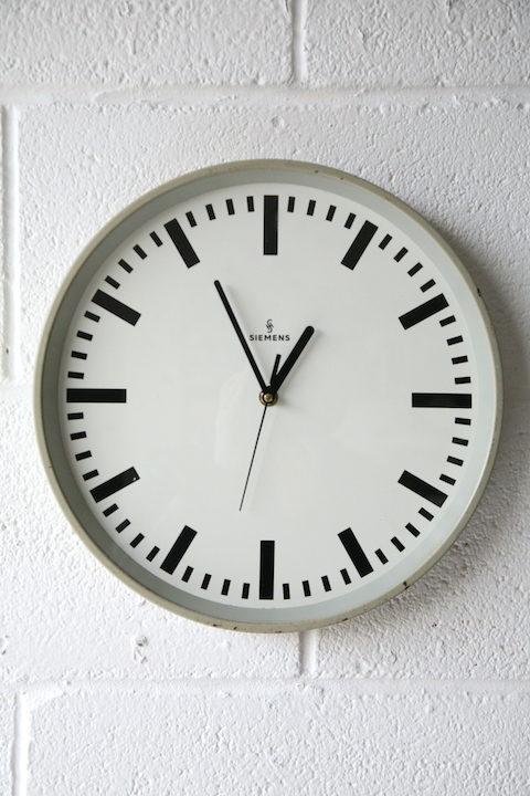 Siemens Wall Clock 3