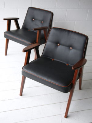 Pair 1960s Black Leather 366 Armchairs by Józef Chierowski 2