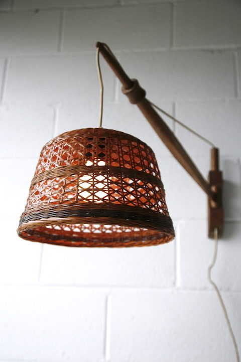 Vintage Oak & Wicker Wall Light 3