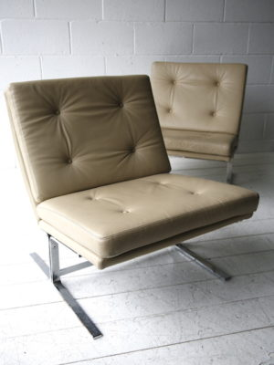 Cream Leather 1970s Chairs 2