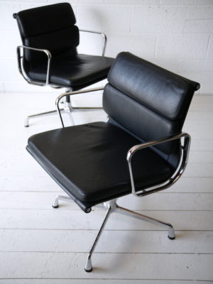 Eames EA 208 Soft Pad Chair for Vitra