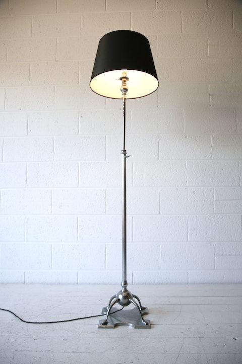 Vintage Gothic Floor Lamp 1