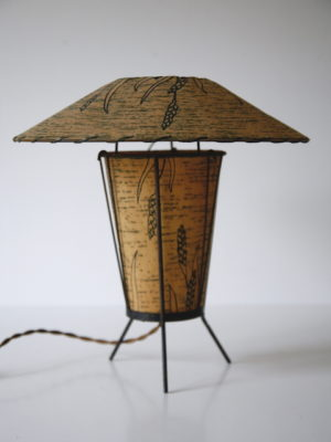 1950s American Fibreglass Table Lamp 5