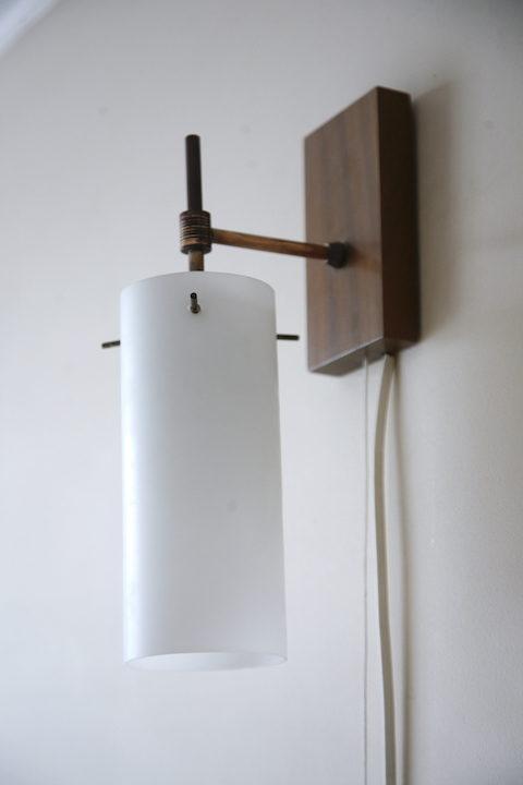 Glass Teak 1960s Wall Light 1