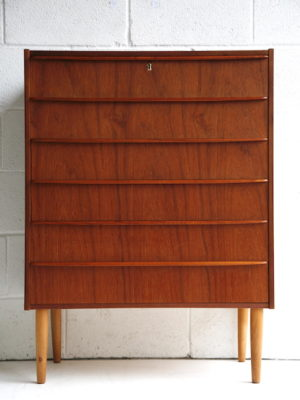 1960s Teak Chest of Drawers 1
