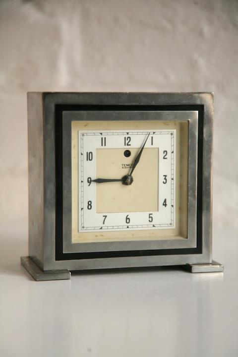 Chrome Deco Mantle Clock