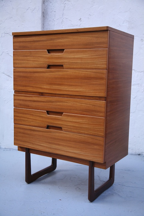 Uniflex Chest of Drawers (1)