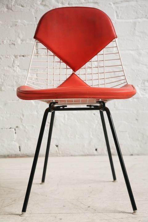 Eames Bikini Side Chair