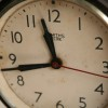 1950s Smiths Bakelite Clock2