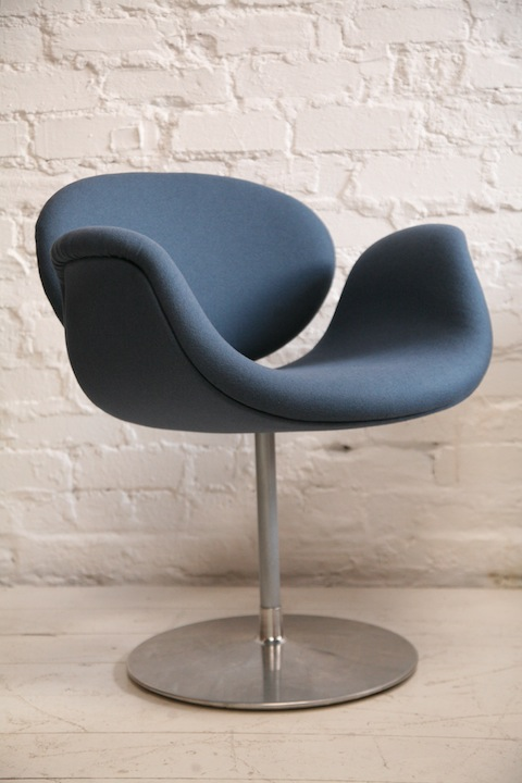 Paulin Tulip Chair in 'Storm' Blue Wool