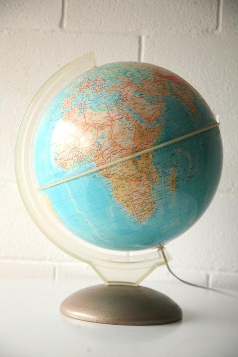 Vintage Illumina Globe