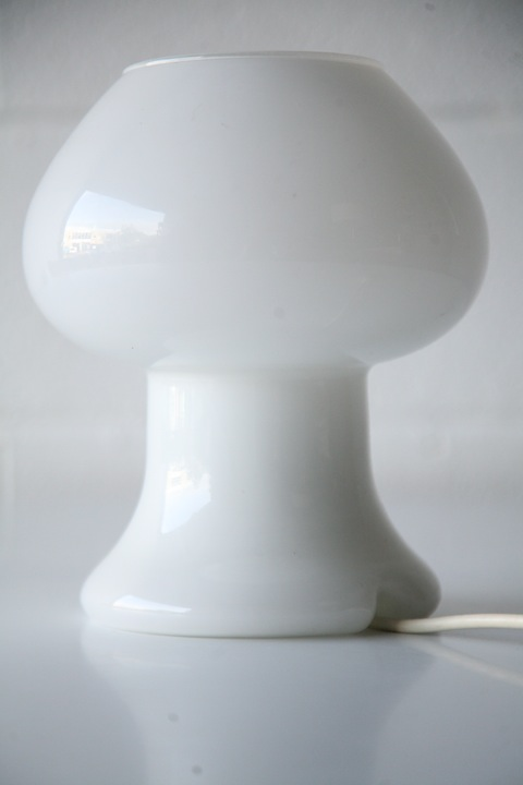 Vintage White Glass Table Lamp