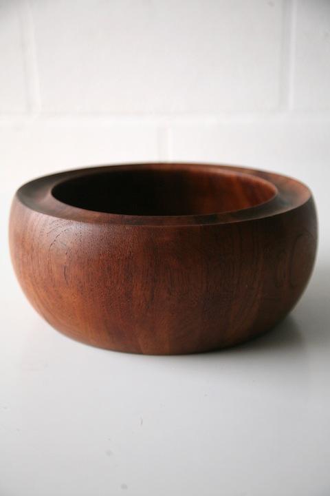 Teak Bowl by Digsmed Denmark