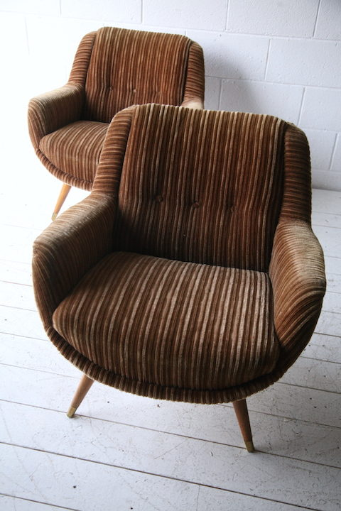 Pair of 1960s Brown Lounge Chairs2