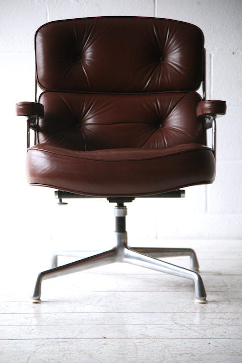 Timelife Chair by Charles Eames for Herman Miller5