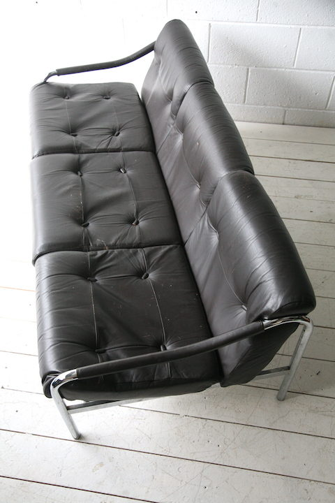 1970s-chrome-and-leather-3-seater-beta-sofa-by-pieff