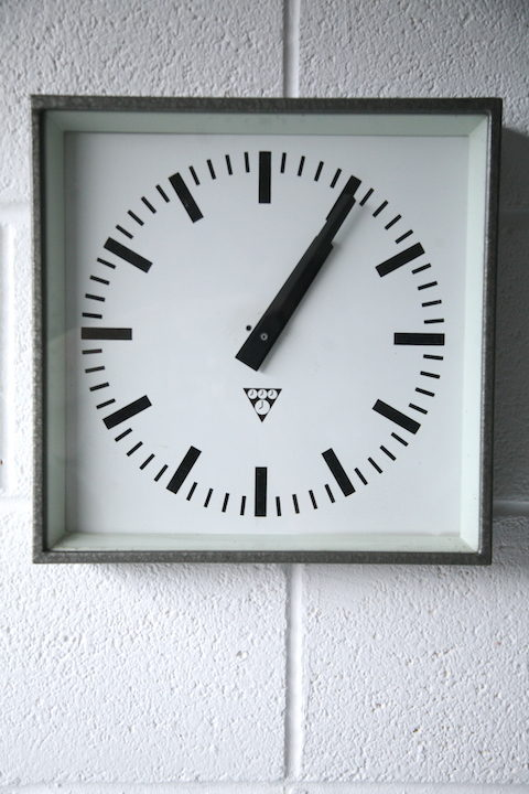 vintage-industrial-pragotron-square-wall-clock