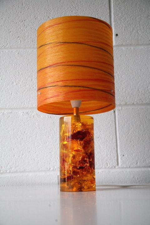 1960s-prova-shatterline-lamp-and-fibreglass-shade-4