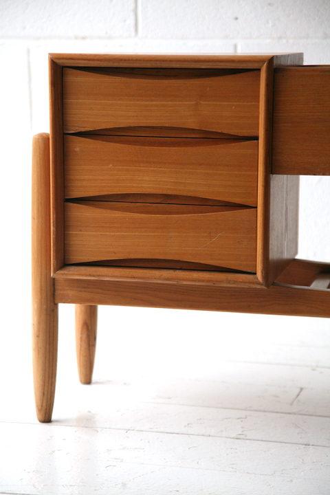 1960s-wooden-planter-2