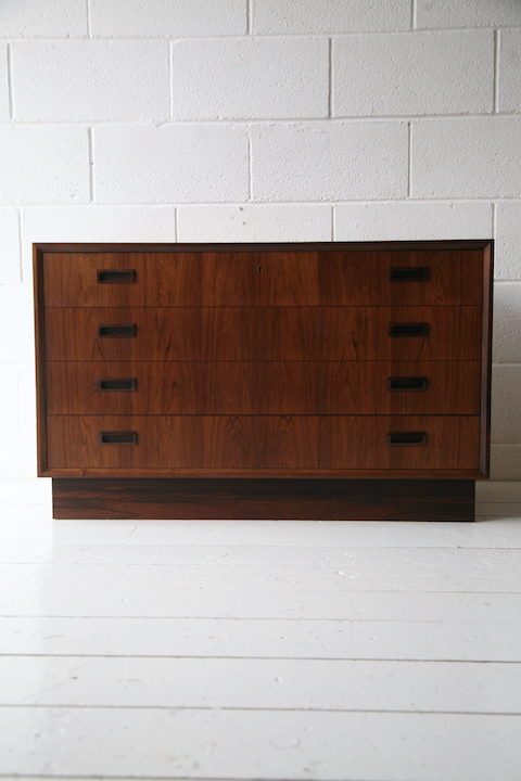 danish-rosewood-chest-of-drawers-by-bornholm