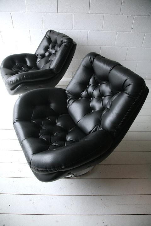 vintage-1960s-black-vinyl-swivel-chairs-1